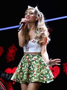 Ariana Grande jingle ball!