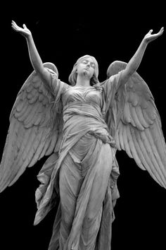 Dietrich Buxtehude Une sculpture d'un ange. Cemetery Angels, Cemetery Statues, Cemetery Art, Angels Among Us, Angels And Demons, I Believe In Angels, Angels In Heaven, Heavenly Angels, Guardian Angels