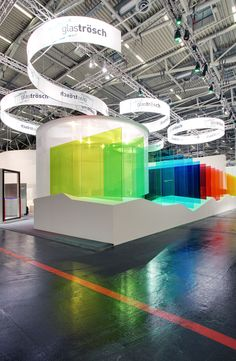Exellent display of coloured acrylic at SoftLab - Glass Trösch - BAU 2013 | pin by www.peregrineplastics.com Exhibition Booth Design, Museum Exhibition, Exhibition Space, Exhibition Display, Exhibit Design, Exhibition Stands, Signage Display, Signage Design, Trade Show Booth Design