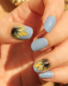 32 Easy Thanksgiving Nail Art Designs To Inspire Fall Nail Art, Nail Art Diy, Diy Nails, Cute Nails, Neon Nails, Pretty Nails, Best Summer Nail Color, Summer Nails, Spring Nails