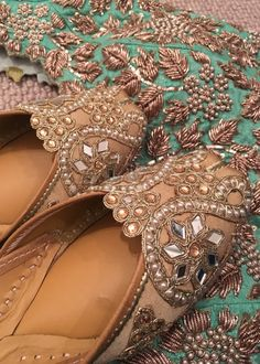 Jutti - ladies shoes of Punjab CLICK VISIT link for more info. Get your punjabi jutti today. Punjabi Fashion, Indian Bridal Fashion, Indian Shoes, Indian Accessories, Wedding Shoes Bride, Frock Fashion, Fancy Shoes, Lehenga Designs, Shoe Collection