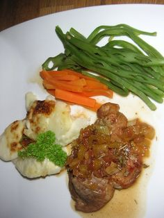 Pork with Cider & Rosemary recipe from WI Mother Recipe, Recipe For Mom, Best Dinner Recipes, Real Food Recipes, Rosemary Recipes, Family Meals, Spaghetti, Pork, Meat