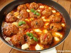 Smak Mojego Domu: Pulpety w sosie pomidorowym, z mozzarellą