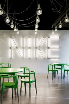 The design for the Eat&Meet area for the Nike European Headquarters in Hilversum NL is based on innovation and tradition. To capture the Nike DNA in this hotspot for formal and informal meetings we chose for a pallet the natural and tough...