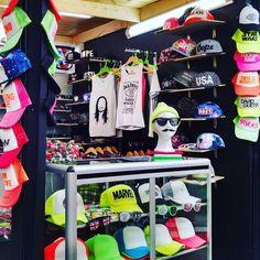 Nuestra tienda de gorras estampadas personalizadas en colombia // whatsapp: 313 427 8508