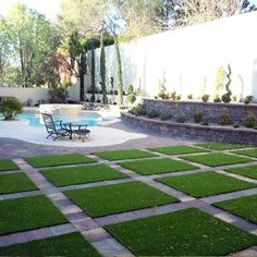 Pool Deck Artificial Turf Our artificial grass mats offer a synthetic lawn solution for a variety of My Pool, Swimming Pools Backyard, Pool Landscaping, No Grass Backyard, Big Backyard, Artificial Grass Mat, Artificial Plant Wall, Artificial Flowers, Backyard Patio Designs