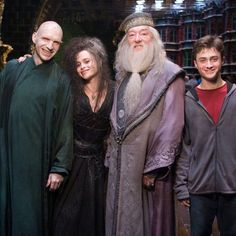 "22 Awesome Behind-The-Scenes ""Harry Potter"" Photos You've Probably Never Seen Before"