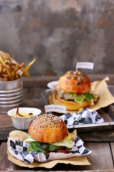 Smiles Beauty and More: Cheese Burger per Taste&More Magazine n.14