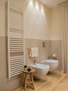 ATTICO FRONTE MARE (VE) | Olev Bathroom Spa, Laundry In Bathroom, Modern Bathroom Design, Bathroom Interior Design, Home Renovation, Casa Rock, Casa Milano, Home Design Images, Dream Bath
