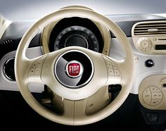 Fiat 500 interior = awesome.