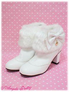 Angelic Pretty Fur Ankle #Boots Kawaii Fashion, Lolita Fashion, Cute Fashion, Image Secret, Fur Ankle Boots, Kawaii Shoes, Lolita Shoes, Dressing, Japan Shop