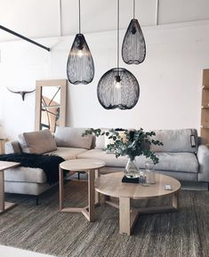 Loveliness. And those lights  #interiors #jozi #homedecor #weylandts