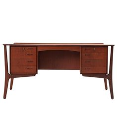 My avant garde to the wholly empirical approach to perception - Teak desk by Svend Aage Madsen - Denmark