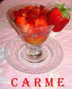 Fresas balsámicas en zumo de mandarina. Ver receta http://www.mis-recetas.org/recetas/show/16242-fresas-balsamicas-en-zumo-de-mandarina