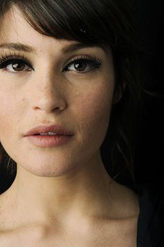 Gemma Arterton. Natural make-up.
