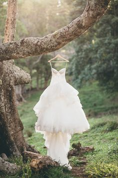 Whimsical Australian Bush Bridal Session via Magnolia Rouge Bush Wedding, Wedding Gowns, Wedding Stuff, Wedding Photos, Wedding Ideas, Photography Ideas, Wedding Photography, Australian Bush, Bridal Session