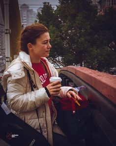 With her I would gladly be lost anywhere - Lost in China part3 #shanghai #love #china #tired #bridge #coffetime #coffee #portrait #portraitphotography #photographyy #her