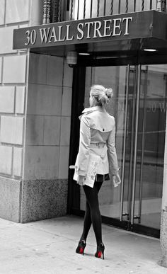 Manhattan Girl, manhattangirl, wall street, wall st, burberry trench coat, burberry, outfit, ootd, fashion blogger, charlotte ask, louboutins, heels, shoes, designer shoes, new york city, new york