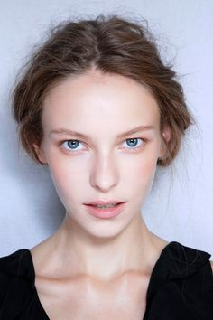 Natural Looking Makeup: Learn the Tips For Getting the Look Just Right