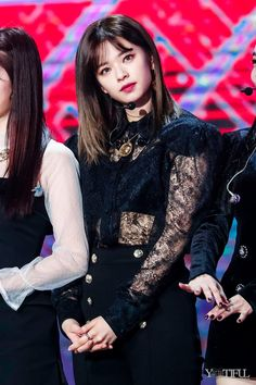 Find images and videos about kpop, korean and twice on We Heart It - the app to get lost in what you love. Twice Jyp, Twice Jungyeon, Tzuyu Twice, Nayeon, Kpop Girl Groups, Korean Girl Groups, Kpop Girls, Jhope, Seoul