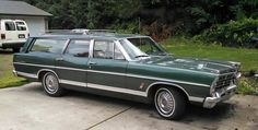 Ford : Other Station Wagon 4 door Vintage Cars, Antique Cars, Ford Ltd, Old Wagons, Ford Galaxie, Lincoln Continental, Car Ford, Station Wagon, Old Cars