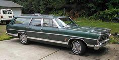 1967 Ford Country Sedan Station Wagon
