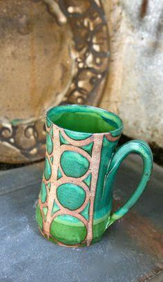 liz kinder pottery--sweet glaze job!