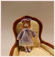 Petite poupée en porcelaine  jouet pour fillette par Beatrice5804