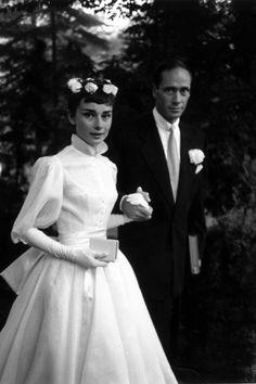 10 Iconic Wedding Gowns: Audrey Hepburn in Balmain 1954