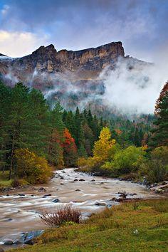 Valle de Hecho, Huesca Spain  by Enrique F. Ferrá