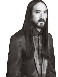 Steve Aoki (Cocept for Thrain, with a much longer beard. Devon Aoki, Dj Steve Aoki, School Reviews, Linkin Park, My Favorite Music, Cute Guys, Portrait, Beautiful People, Nyc