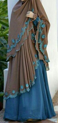 desü Abaya Fashion, Modest Fashion, Fashion Outfits, Modest Dresses, Modest Outfits, Modest Clothing, Moslem Fashion, Abaya Designs, Islamic Fashion