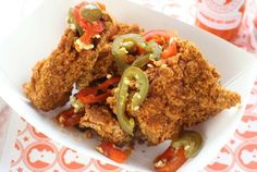 Blue Ribbon Fried Chicken - 28 E First St, entrance on Ave Super Bowl 2015, Super Bowl Sunday, Chicken To Go, Fried Chicken, New York Food, Cool Restaurant, Nyc Restaurants, Cordon Bleu, Fried Fish