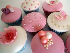 Great ideas for for elegant cupcake designs!
