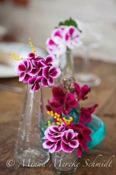 Blomsterverkstad: Dekorera bordet