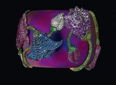 JAR Mughal Flower Bracelet, 1987 - Rubies, sapphires, amethysts, garnets, titanium, silver and gold