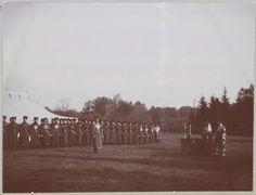 Spala 1912: Cossacos em comparecimento a uma Santa Missa Ortodoxa ao ar livre.