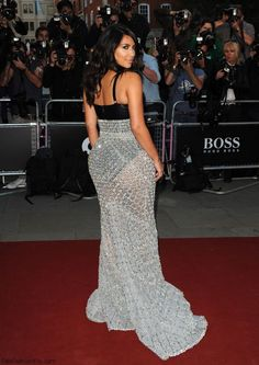 Kim Kardashian in Ralph & Russo Couture dress at 2014 GQ Men of The Year Awards in London. #kimkardashian