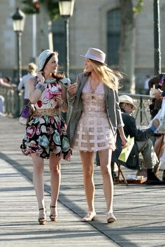 Gossip Girl, 4. Sezon: Blake Lively (Serena van der Woodsen), Leighton Meester (Blair Waldorf)