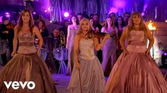 Music video by Celtic Woman performing You Raise Me Up. Music Songs, Music Videos, Gospel Music, Good Music, My Music, You Raise Me Up, Woman Singing, Celtic Music, Celtic Thunder