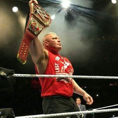 The best Champion I've ever seen in my life! Brock Lesnar Wwe, Wwe Brock, Wrestling Superstars, Wrestling Divas, Catch, Kevin Owens, Cool Poses, Thing 1, Wwe Champions