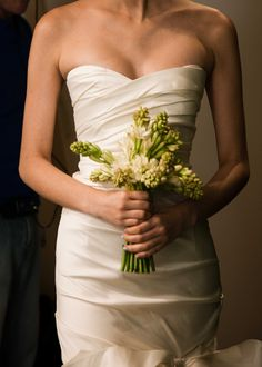 oscar de la renta spring 2013 wedding dress lace cap sleeves