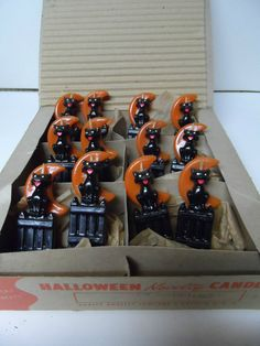 12 Old 1960's Gurley Halloween Candles in Original Box Cat on Fence.