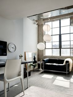 Loft in Brooklyn, love it !