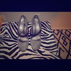 Jessica Simpson Platform Pump w Snakeskin Accent Worn Once! JS Gray Platform Pump Jessica Simpson Shoes Platforms
