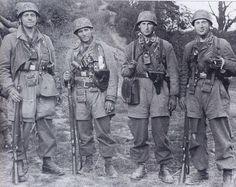 photo shows members of the Sturmgruppe Granite / Sturmabteilung Koch