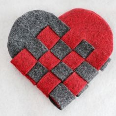 These woven heart baskets are a traditional Danish decoration to celebrate Christmas. Great for garland, tree decorations, and kid-friendly!