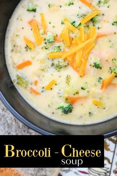 Easy Broccoli Cheese Soup Recipe with real cheese! No Velveeta cheese. All-natural, easy and delicious Broccoli Cheese Soup, Broccoli Soup Recipes, Cheddar Cheese Soup, Healthy Soup Recipes, Fall Recipes, Stew, Easy Recipes For Beginners, Velveeta, Gumbo