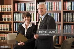 Foto de stock : Lawyers in a library