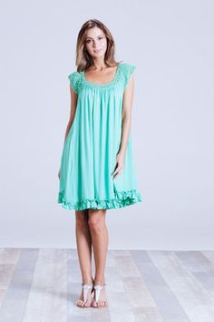 NWT-EB-IVE-Catalina-Dress-Kiwi-One-Size-8-24